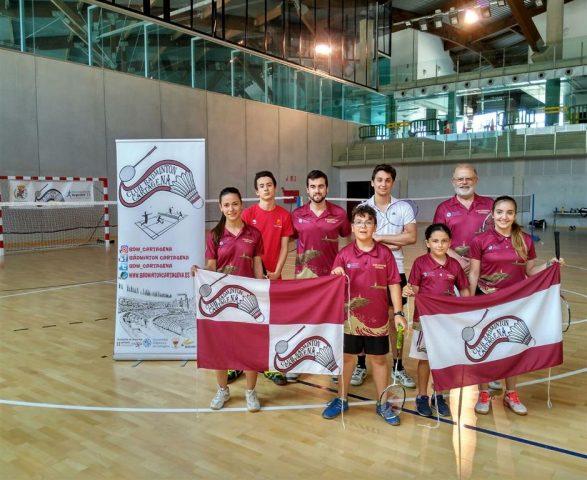 El Club Bádminton Cartagena en las instalaciones del nuevo Palacio de Deportes.